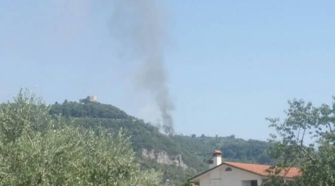 Incendio a Montignoso