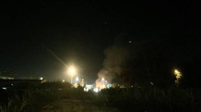 L'incendio in via delle Pinete