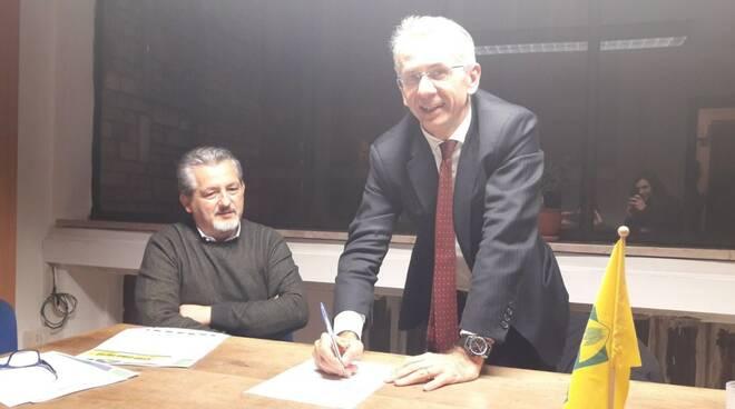Cosimo Maria Ferri firma il manifesto politico di Coldiretti