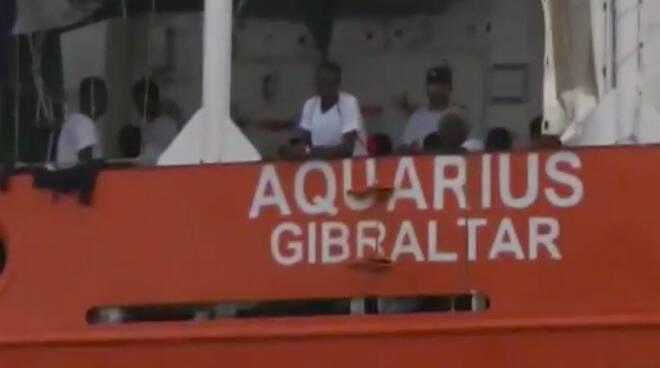 Migranti sulla nave Aquarius