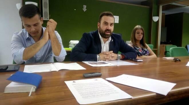 Da sx il deputato Edoardo Ziello, il consigliere comunale Nicola Martinucci e la consigliera regionale Elisa Montemagni