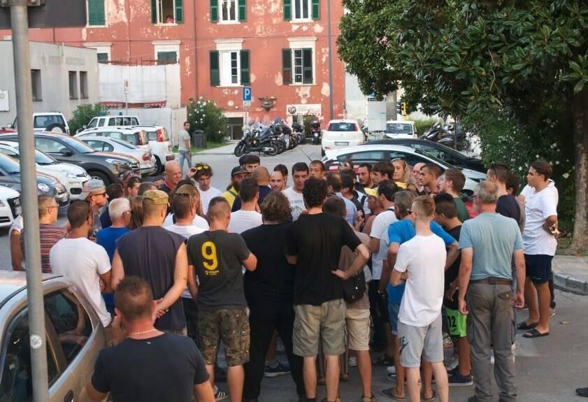 Carrarese, inagibile lo stadio dei Marmi: tifosi sotto il Comune