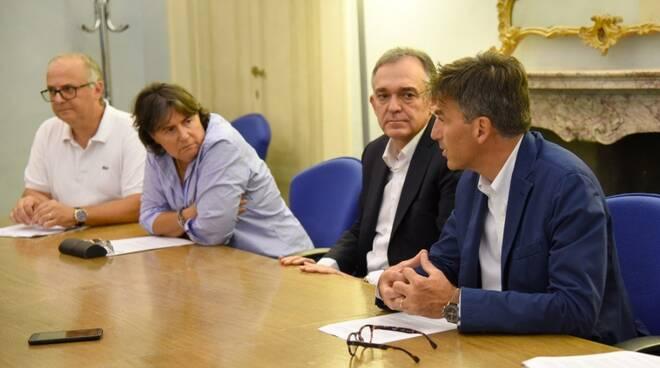 Gli esperti della commissione regionale con Rossi e la Saccardi