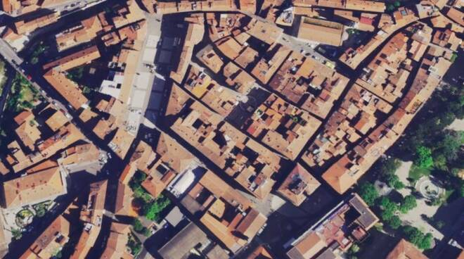 Carrara vista dal satellite