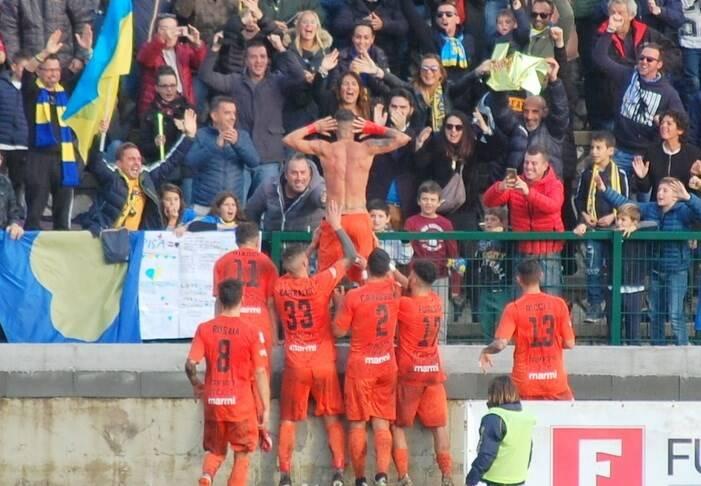 Carrarese 1 - 0 Pisa, Caccavallo