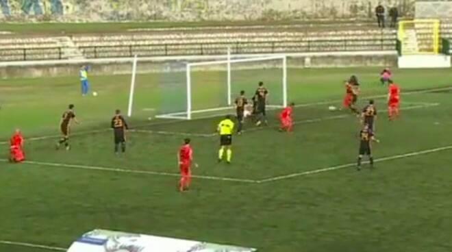 Il gol dell'1-0 di Caccavallo