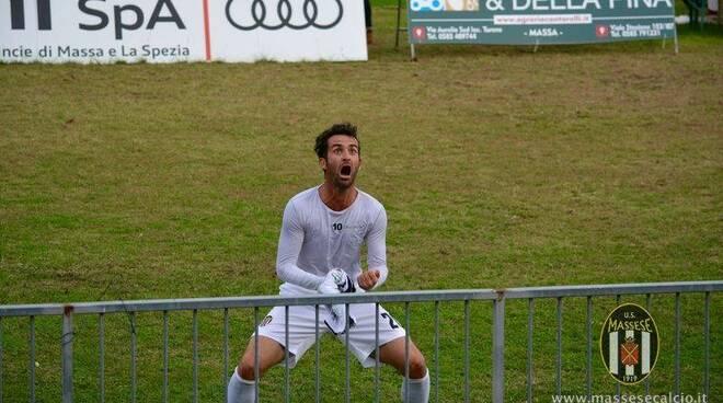 La grandissima esultanza dopo il gol partita realizzato da Simone Del Nero contro lo Scandicci.