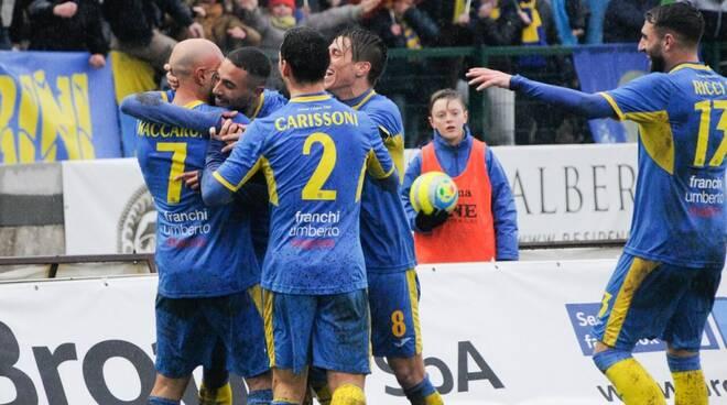 Carrarese-Lucchese 3-1 (23/01/2019) - Esultanza per il gol di Massimo Maccarone