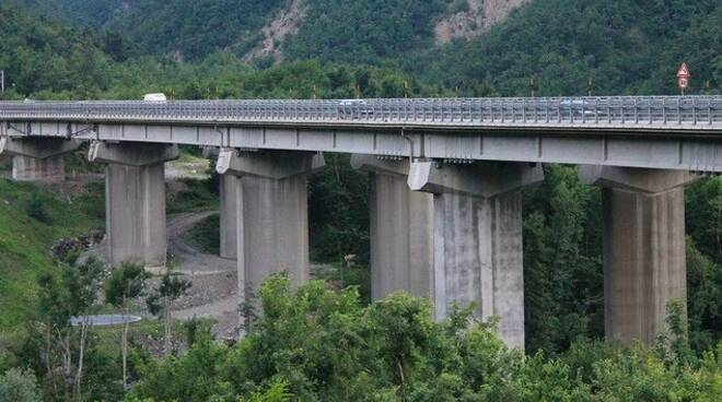 Un viadotto sull'A15 della Cisa