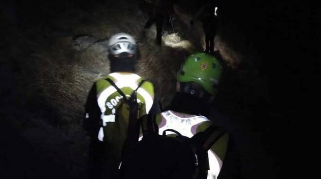 Il Soccorso Alpino rientra di notte sul Monte Sagro