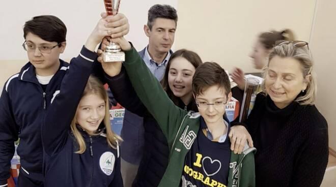 """La squadra prima classificata della scuola """"Della Torre"""" di Chiavari (Ge)"""