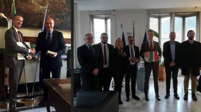 Benjamin V. Wohlauer col Prefetto Paolo D'Attilio e il sindaco Persiani
