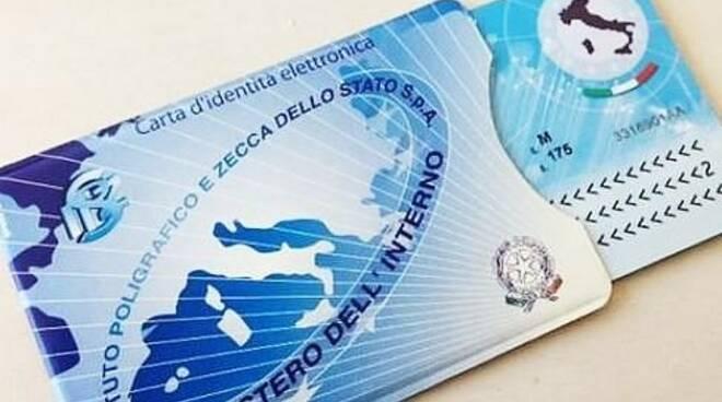 Dal primo gennaio la carta d'identità elettronica sarà disponibile a Carrara