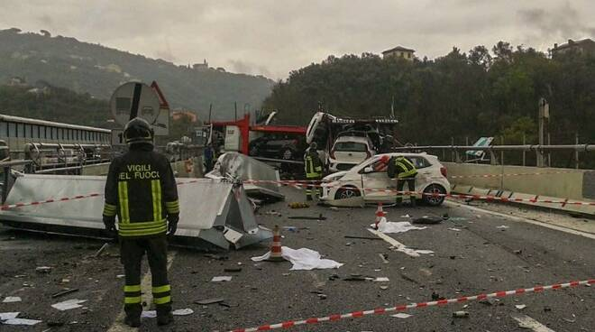 L'incidente sulla A12 tra Lavagna e Sestri Levante