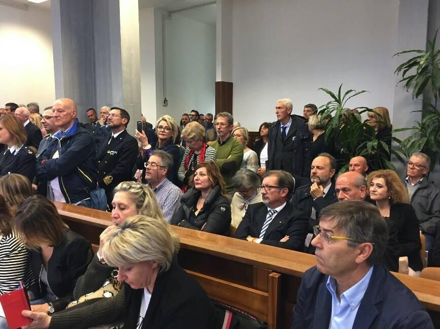 L'addio alla magistratura di Aldo Giubilaro, tribunale allestito a festa