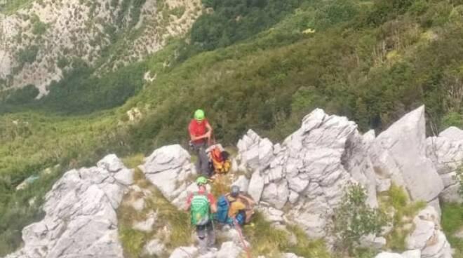 Il Soccorso Alpino interviene sulla Pania Secca