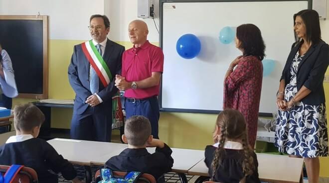 Il sindaco Persiani nella scuola di Romagnano