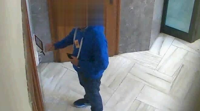 Uno dei dipendenti assenteisti arrestati