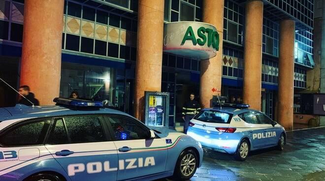 La Polizia di Stato nel centro storico di Massa