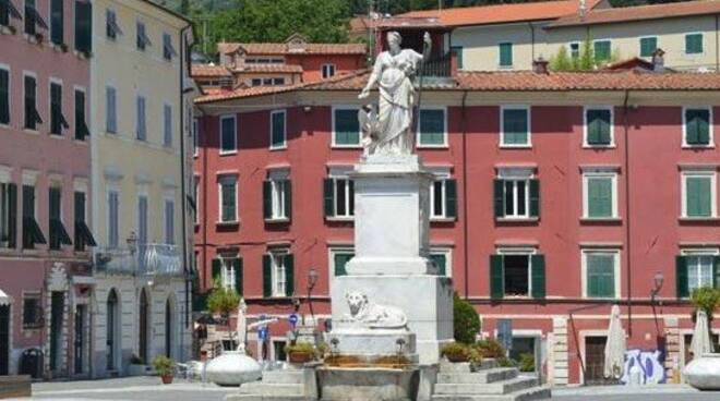 La Beatrice in piazza Alberica a Carrara
