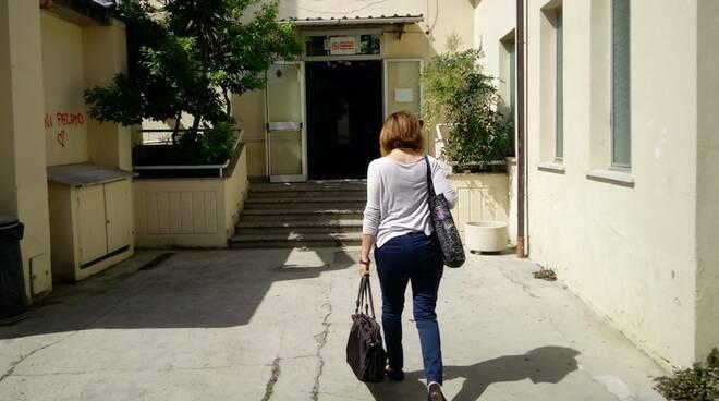 L'ingresso dell'Istituto Salvetti di Massa