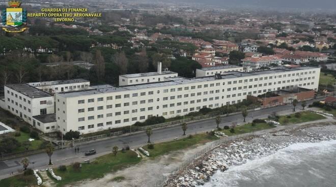Maxi-operazione antidroga all'ex colonia Motta: fiamme gialle in azione