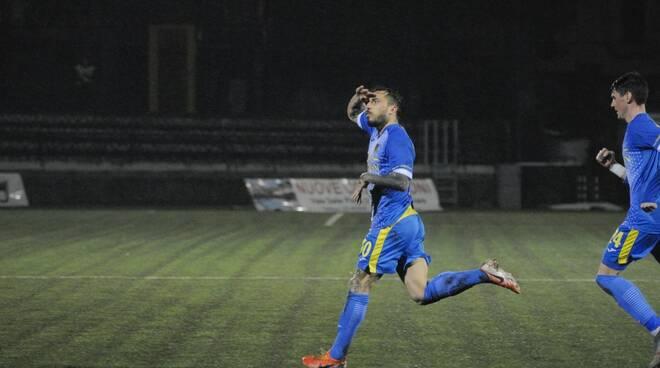 Carrarese-Renate (2-1): il fotoracconto del match