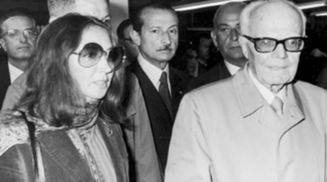 Oriana Fallaci e Sandro Pertini in una foto del 1973