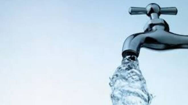 Ridurre l'uso impoprio di acqua potabile