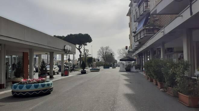 Marina di Carrara si adegua alle nuove disposizioni in materia di Coronavirus