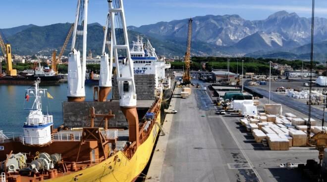 La banchina Fiorillo del Porto di Marina di Carrara