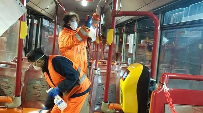 Ctt nord disinfetta autobus e navette
