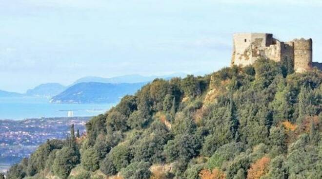 Il Castello Aghinolfi di Montignoso