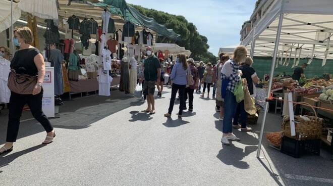 Il mercato di Marina di Carrara