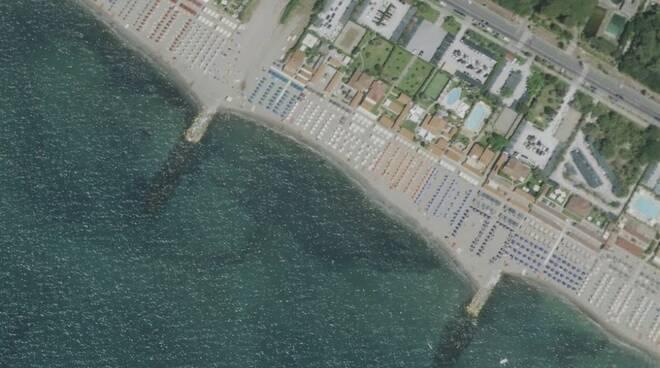 Una parte della spiaggia di Poveromo