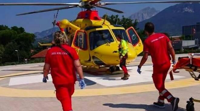 Il Pegaso 3 e i soccorritori