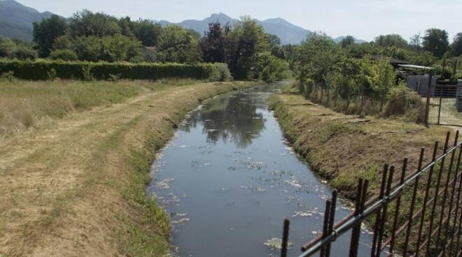 Un canale a Montignoso