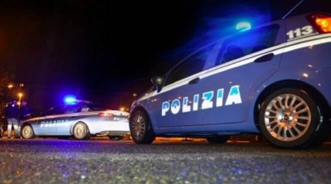 Controlli notturni della polizia di Stato