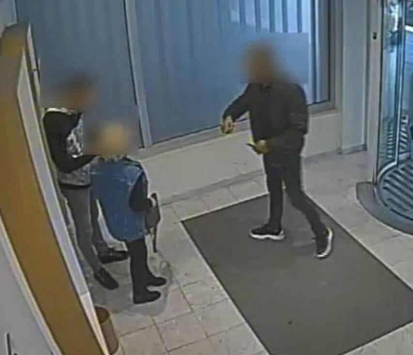 Furti al bancomat, colpiscono a Carrara in mezza Europa: arrestati