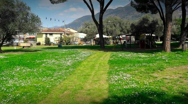 Il parco dei ciliegi a Massa