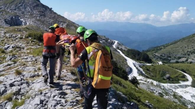 Il recupero dell'escursionista sul Monte Sagro