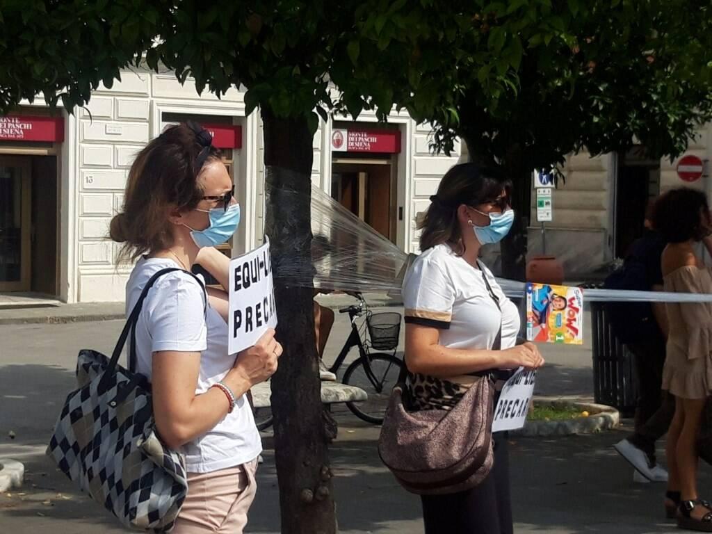 Protesta dei docenti, Noi precari