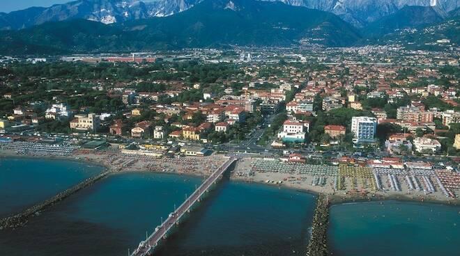 Vista aerea di Marina di Massa