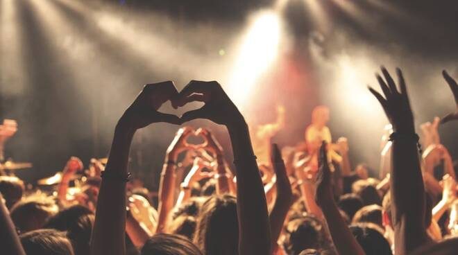 Discoteca, concerto, ballo