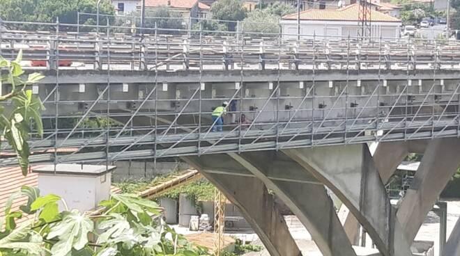 Infortunio sul ponte trieste