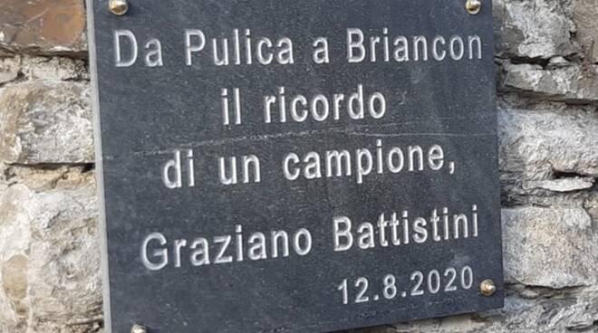 La targa per ricordare Graziano Battistini