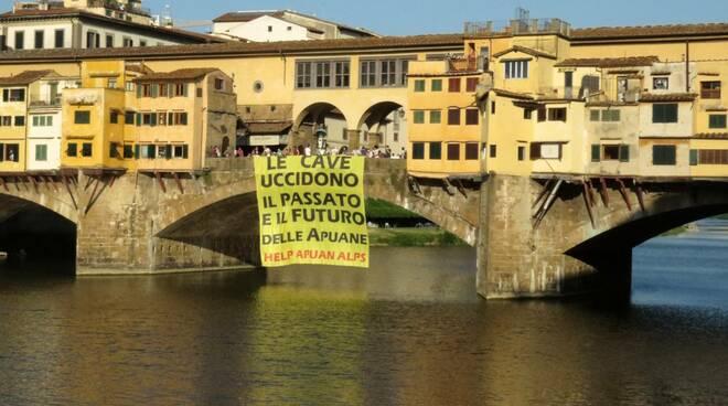 No cav a Firenze