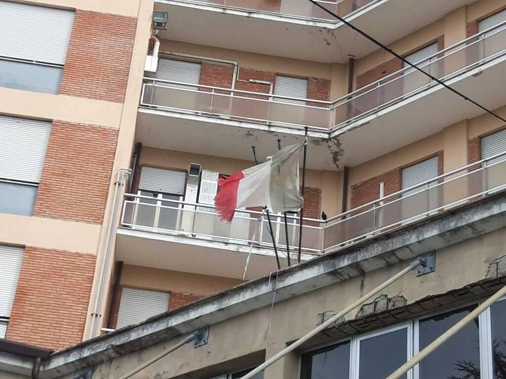 Sopralluogo del presidente della Regione, Enrico Rossi, negli ospedali di Carrara e Massa