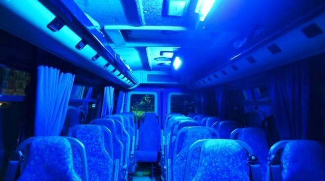 Lampade ultraviolette per sanificare il trasporto pubblico di Pontremoli