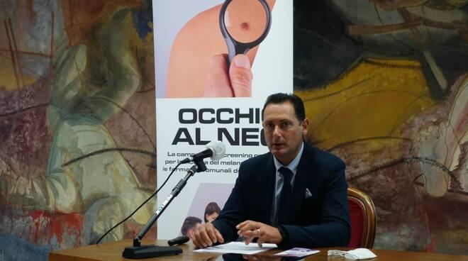 Occhio al neo, Giovanni Bagnoni, Luca Cimino